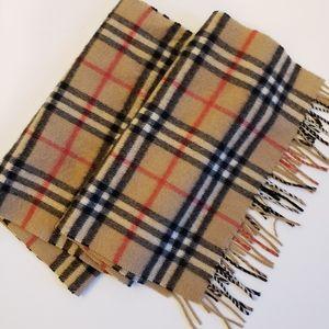 Burberrys of London vintage cashmere fringe scarf